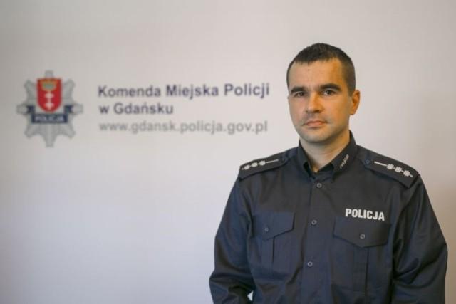 Nz. Mariusz Chrzanowski - oficer prasowy gdańskiej komendy miejskiej