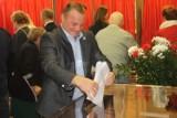 SULMIERZYCE: Dariusz Dębicki wygrał w I turze! Zdobył poparcie 81 proc. wyborców [ZDJĘCIA]