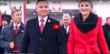 Jakub i Szymon z Sieradza śpiewają, że prezydent RP w otwarte karty gra i ma klasę. To będzie hit? Posłuchajcie!