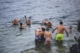 Morsowanie w zalewie Nakło-Chechło ZDJĘCIA Morsy mają nową tablicę świetlną! Odlicza czas do końca sezonu