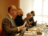 Kwietniowa sesja Rady Miasta Zduńska Wola w czwartek. Tylko online