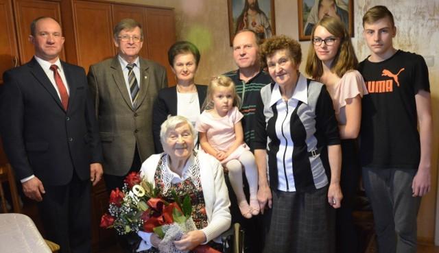 Pani Anna Drywa z gminy Sulęczyno 7 grudnia obchodziła 101. urodziny.