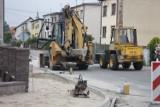 Trwa budowa chodnika na ul. Polnej w Zdunach [ZDJĘCIA]