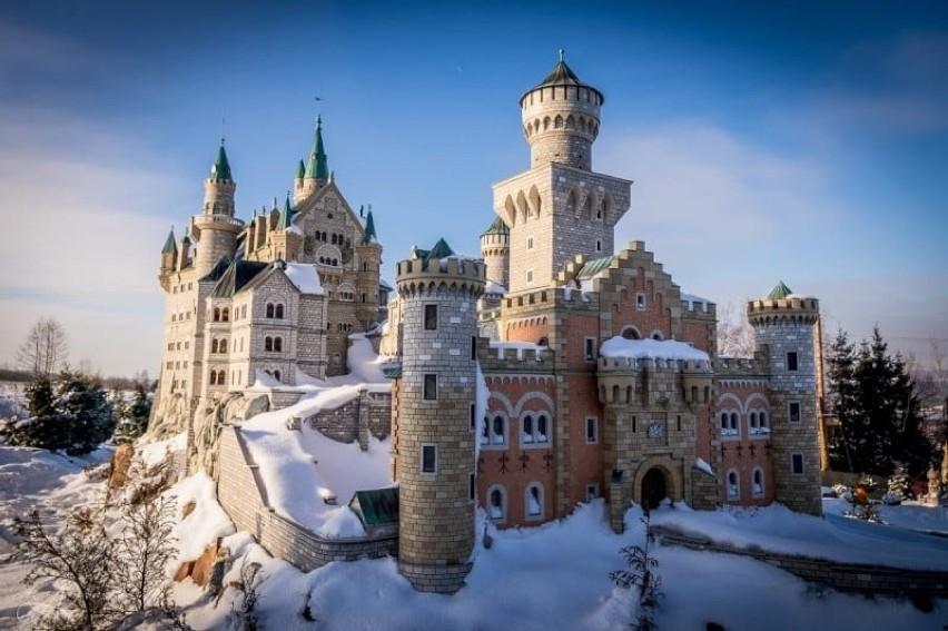 To największy park miniatur w Polsce. Podróż do...