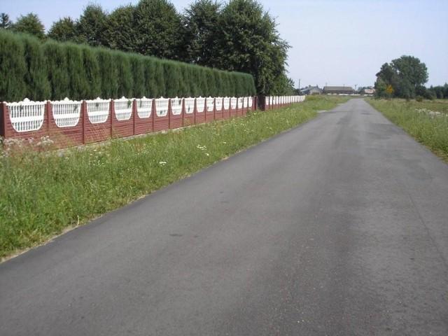 Drogowcy położyli 1,3 km nowego asfaltu w Antoninie Nowym