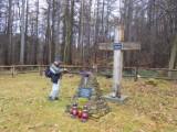 Chcą odbudować cmentarz wojenny z okresu I wojny w Chałupkach Bełwińskich niedaleko Przemyśla [ZDJĘCIA]