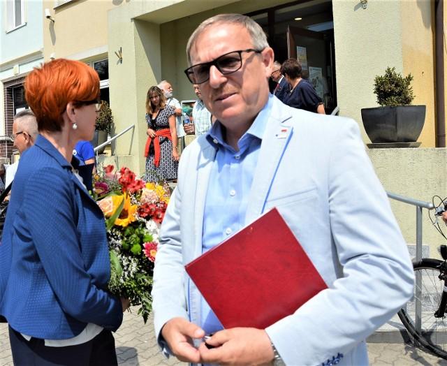 Piotr Masłowski podczas spotkania w Darłowie z minister Elżbietą Rafalską
