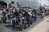 Otwarcie sezonu motocyklowego w Toruniu. Motocykliści wypędzili zimę z miasta! DUŻO ZDJĘĆ