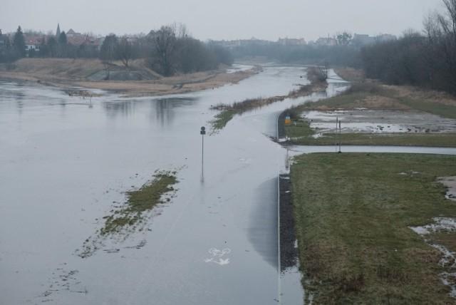 Wartostrada pod wodą. Wysoki poziom rzek w Poznaniu