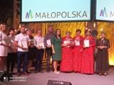 Żurek przygotowany przez Koło Gospodyń Wiejskich ze Stróżnej z nagrodą Perła 2021 na Targach Smaków Regionów w Poznaniu