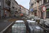 Zima odpuściła i prace w kaliskim Śródmieściu zostały wznowione ZDJĘCIA