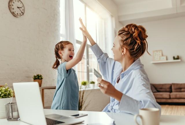 Te znaki zodiaku to świetni rodzice! Sprawdź, czy jesteś na liście