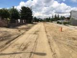 Pleszew. Trwa długo wyczekiwany remont ulicy Poniatowskiego w Pleszewie. Do kiedy potrwają prace?