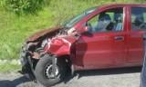Jaszczurowa. Zderzyły się dwa samochody, dwie osoby ranne [ZDJĘCIA]
