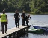 W jeziorze utonął ojciec i syn. Nurkowie znaleźli ciała