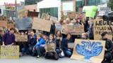 Młodzieżowy Strajk Klimatyczny. Kilkuset młodych ludzi protestowało w Opolu w obronie czystej planety