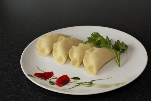 Zobacz też: W Warszawie odbyły się mistrzostwa w jedzeniu pierogów na czas  Źródło: TVN24