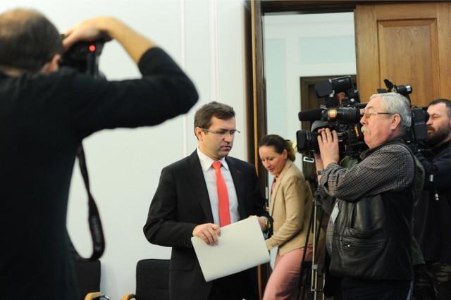 Zbigniew Girzyński zawieszony w prawach członka PiS!