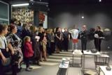 Wernisaż wystawy ceramiki w galerii Kaloryfer w Cieplewie. Realizują swoje pasje i tworzą ciekawe prace [ZDJĘCIA, WIDEO]