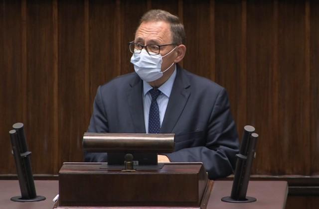 W rozmowie z portalem nto.pl poseł Ryszard Galla mówi, że nie rozumie zamieszania, jakie spowodowała jego decyzja dotycząca głosowania w sprawie odbudowy Pałacu Saskiego.