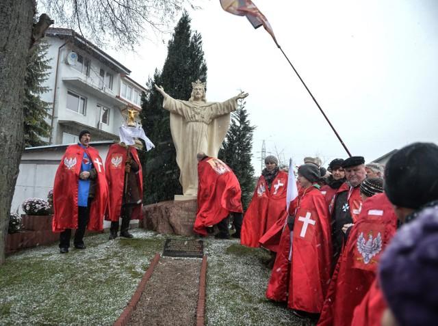 W Gdyni osłonięto pomnik Chrystusa Króla
