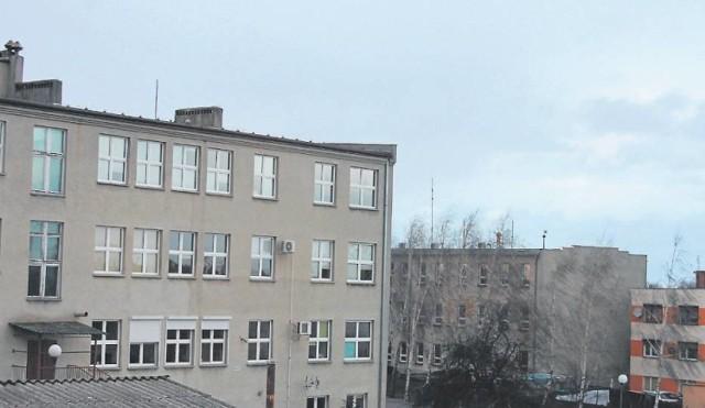 Zduny: Trwa termomodernizacja budynku Zespołu Szkół