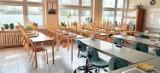 Koronawirus. Nauka zdalna w Wejherowie i Rumi. Dwoje uczniów z braku Internetu uczy się w szkole