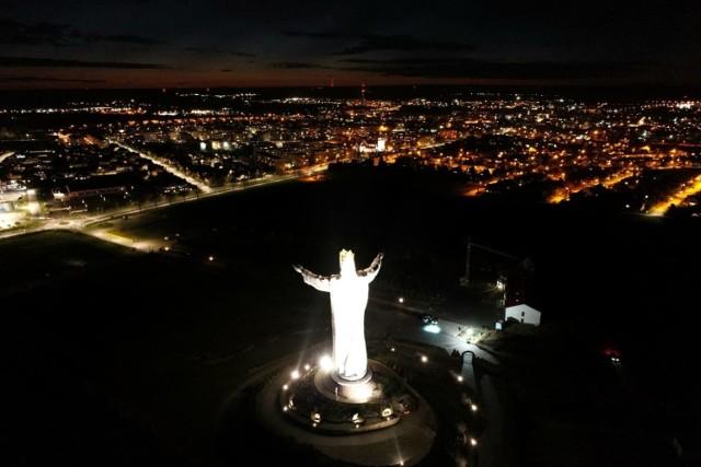 Pomnik Chrystusa Króla i wspaniała panorama Świebodzina