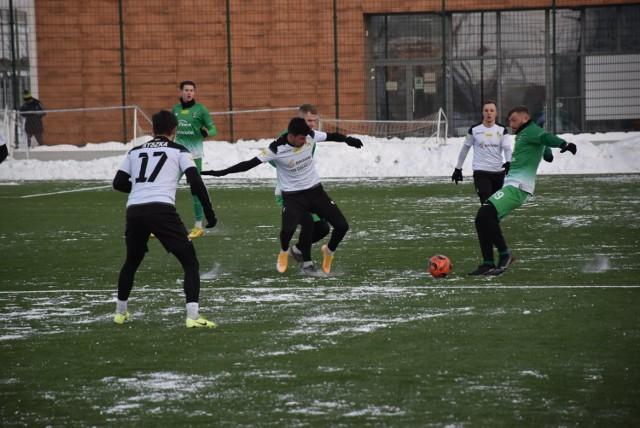 """""""Brunatni"""" wygrali w meczu kontrolnym ze swoim ligowym rywalem z Radomia 1:0"""