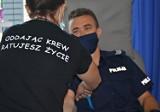 Policjanci z Suwałk oddali krew. Funkcjonariusze zachęcają innych, by wzięli z nich przykład [Zdjęcia]