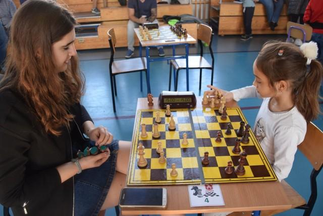 W Festiwalu Szachowym w Opocznie rywalizowało 55 osób, w tym 20 kobiet