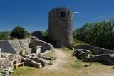 Zamek Wleń, jedna z ukrytych perełek Dolnego Śląska. Zobaczcie, jak tam pięknie! [ZDJĘCIA, GODZINY OTWARCIA, CENNIK]