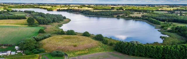 Brzegi trzech jezior z gminy Książki mają być bardziej atrakcyjne dla mieszkańców