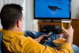 Jak nie przytyć podczas przymusowego siedzenia w domu? 20 praktycznych porad, łatwych do zastosowania od zaraz