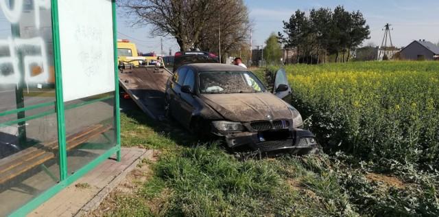 Wypadek w Jastrzębiu: BMW wypadło z drogi