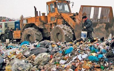 Te  góry śmieci można przetwarzać na cenne paliwo