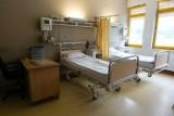 """Wracają porody rodzinne w szpitalu """"Zdroje"""". Nadal obowiązują zaostrzone procedury"""