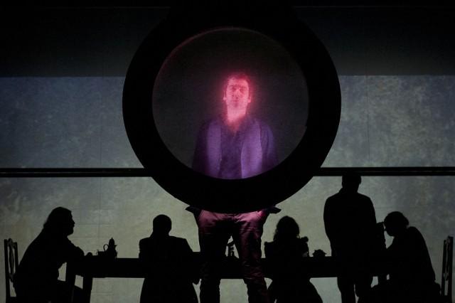"""Imponująco od strony wizualnej zapowiada się francuska adaptacja powieści Witolda Gombrowicza """"Kosmos"""" przygotowana przez zespół Compagnie Haut et Court"""