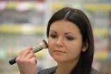 Makijaż karnawałowy 2014. Jak zrobić smoky eyes krok po kroku? [PORADY, ZDJĘCIA, WIDEO]