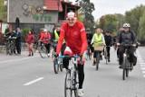 Tak było na rajdzie rowerowym w Kruszwicy. Rajd z legendami kolarstwa, Tadeuszem Mytnikiem i Mieczysławem Nowickim. Zobaczcie zdjęcia