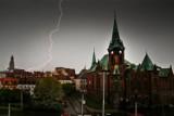 Nad Wrocław nadciągają potężne burze z gradem (OSTRZEŻENIE METEO)