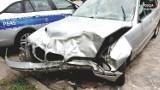 Policyjny pościg w Rudzie Śląskiej za BMW. 40-latek wjechał w betonowe ogrodzenie
