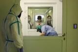 Odwiedziny chorych w szpitalach to wolnoamerykanka