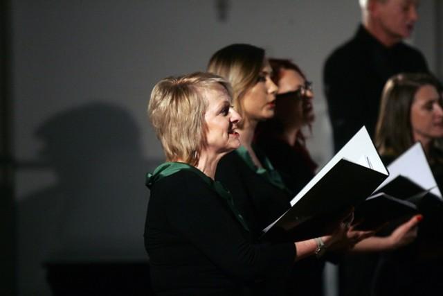 Koncert Kolęd i Pastorałek Chóru Madrygał w Legnicy.