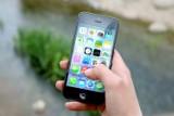 Warszawiacy coraz chętniej kupują bilety przez aplikacje mobilne i w biletomatach