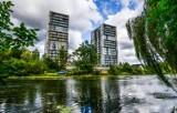 Bydgoszcz. Nie wszystkim podobają się inwestycje mieszkaniowe nad Brdą. Dlaczego niektórzy nie chcą wieżowców nad rzeką?