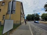 Zabrakło wiat przystankowych przy ul. Kopernika w Słupsku. Mieszkańcy zdezorientowani