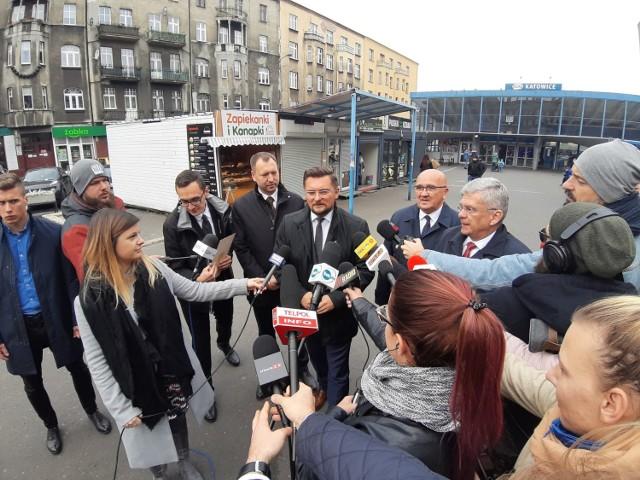 Konferencja prasowa Stanisława Karczewskiego, Marszałka Senatu RP i  Marcina Krupy, prezydenta Katowic.