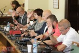 Radni zwiększyli wydatki m.in. na bibliotekę, rewitalizację Alei oraz na świetlice w Osuszy i w Benicach [ZDJĘCIA]