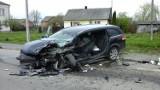 Roztrzaskane samochody i dwie uwięzione osoby. Groźny wypadek w okolicach Hrubieszowa